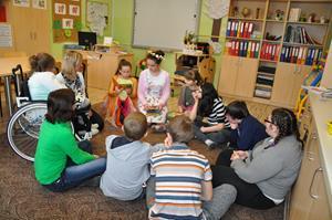 Czytanie ze Szkolnym Kołem Caritas ze SP w Wysokiej