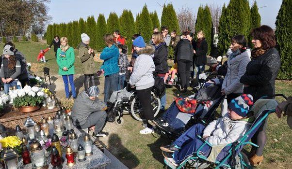 Wyjazd na cmentarz w Markowej i Gaci