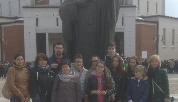 XIV Pielgrzymka pracowników i wolontariuszy Caritas do Sanktuarium Bożego Miłosierdzia w Krakowie – Łagiewnikach